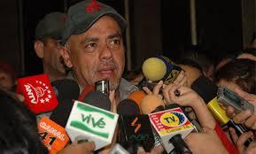 """El jefe de campaña del Comando Carabobo, Jorge Rodríguez, calificó al ex presidente de Colombia, Álvaro Uribe, de """"psicópata, asesino y narcotraficante"""", ... - jorgerodriguez696"""