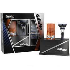 Подарочные <b>наборы</b> - Всё для бритья. <b>Gillette</b> Fusion 4 шт ...