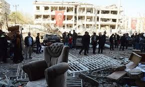 تركيا - الامن يعتقل مجموعة بتهمة تفجير سيارة بفيران