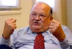 Jean-Luc Dehaene strijkt 79.000 euro op bij InBev - jeanlucdehaene