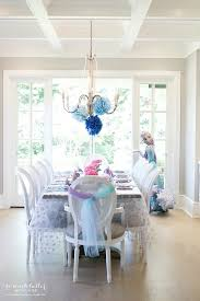 <b>Elegant Frozen</b> Birthday Party | So Much Better With Age
