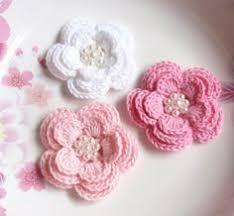 <b>Lot 12 pcs</b> Crochet Flowers <b>Handmade</b> Applique 3 layers, 7 petals ...