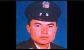 El sargento viceprimero de la policía César Augusto Lasso Monsalve - f2becebdd2f94dc7aa3b4873d5453911