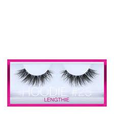 <b>Huda Beauty Hoodie</b> Eyelash | Cosmetify