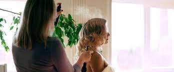 Прочитайте: Как не испортить <b>волосы лаком для укладки</b> ...