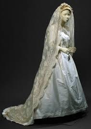 Pearl and white silk taffeta <b>wedding dress</b> with white lace <b>veil</b> ...