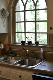 sink windows window love: imagine my joy when we toured this house and saw such a picturesque kitchen sink window i fell in love from that point onward and knew this house was the