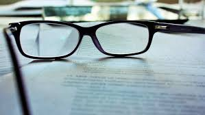reading between the lines what recruiters hiring managers we ve talked previously about what applicant tracking systems ats look for in a resume but what happens when all of these resumes make it into the hands