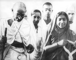 மகாத்மா காந்தி சரோஜினி  நாயுடு