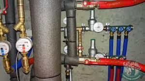 Установка редуктора <b>давления</b> (<b>регулятора</b>) воды