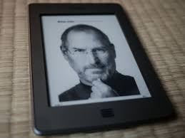 hack the cover by craig mod black and white cover of issacson s steve jobs book on an eink kindle
