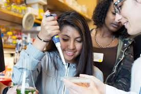 san francisco stem career awareness day emphasizes hands on a student from burton hs tries her hand at pipetting during the 2015 stem career day