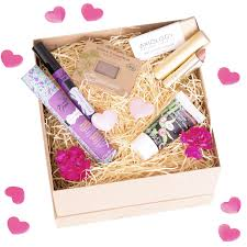 <b>Valentine's Day</b> Organic Beauty Gift Ideas for Her — <b>Glow</b> Organic