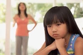 be buon 61012 f06ed Con mắc bệnh tự kỷ do bị bố mẹ chê Ảnh minh họa. Lời bàn: Cách ứng xử của cha mẹ với con cái là yếu tố quan trọng hàng đầu giúp trẻ loại ... - be-buon-61012-f06ed