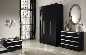 bedroom large size brilliant black gloss bedroom furniture white marble floor floral curtain design 915x592 bedroom furniture black and white