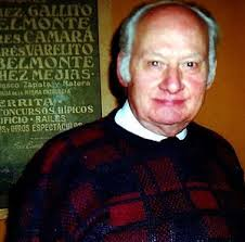 El escultor Juan Polo Velasco.jpg. Juan Polo Velasco, nacido el 9 de marzo de 1923, es un escultor natural de la ... - 300px-El_escultor_Juan_Polo_Velasco