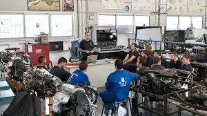 the 10 best jobs for a car mechanic some community colleges and vocational schools have auto mechanic classes and these courses are taught by licensed mechanics you need good communication