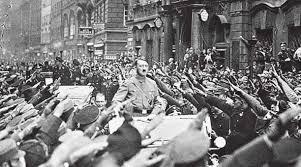 Resultado de imagen para foto hitler discurso