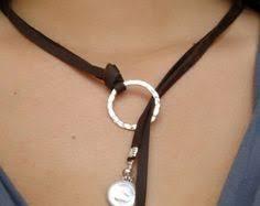 woman leather necklace, endless <b>Ring</b>, girlfriend, big <b>pearl</b>, <b>uno de</b> ...