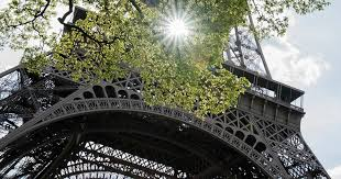 9 anecdotes revealing all you need to know about the <b>Eiffel Tower</b>