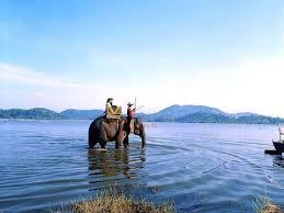 Một thoáng hồ Lắk