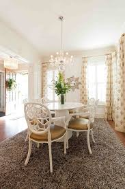 Transitional Dining Room Tables How To Choose The Perfect Dining Room Rug
