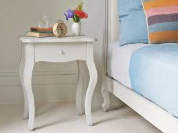 white night tables for bedroom