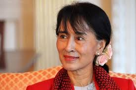 Rome: After 19 years of waiting Ong San Su Chi, the renowned opposition leader of Myanmar accepted the honorary citizenship of Rome at a function organized ... - Aung-san-suu-kyi-Newskeala