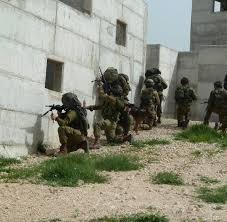 """Résultat de recherche d'images pour """"fotos d'entrainement armée vs guerilla urbaine"""""""