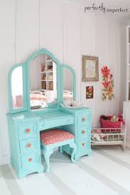 girls bedroom vanity sets peyton thinks she needs this in her room fresh coat of paint on vanity