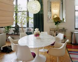 round white marble dining table: round top marble dining table of espresso dining table leg on carpet tile pattern