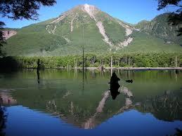 「1915年 - 焼岳噴火。大正池」の画像検索結果