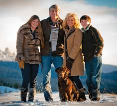 texans in telluride the buzz magazines the plank family from left kendall mike susan and jared along dog oakley frequently their telluride home photo melissa plantz