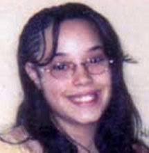 Nueve años le ha llevado a Nancy Ruiz volver a ver a su hija, a la que durante años creyó víctima de una red de tráfico de personas. - 1367917154_extras_ladillos_2_1