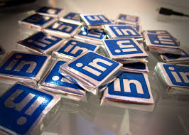 job hunting linkedin proven method the career hacker how to a job using linkedin