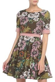 <b>Платье Nelly&Co</b> 1681886 - цена 2590 руб., купить на Clouty.ru
