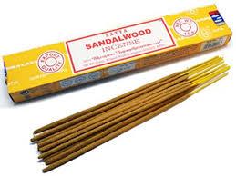 <b>Благовония Сатья</b> с ароматом <b>сандалового дерева</b>   Delhi Bazar