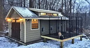 DIY Cold Weather Dog House  What to KnowDog kennel on a platform