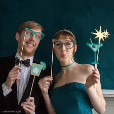 <b>Retro New</b> Year's Photobooth Props