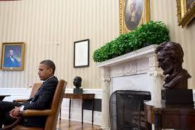 filebarack obama with oval office artjpg barack obama oval office
