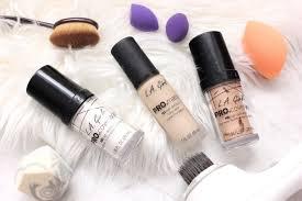 <b>LA Girl</b> Pro <b>Matte</b> vs <b>LA Girl</b> Pro Coverage foundation on dry skin