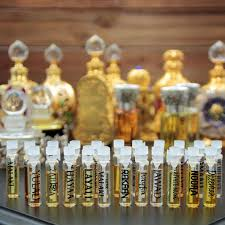 CPO Sample Kit (22 Vials) of Oriental Fragrances and <b>Attar Collections</b>