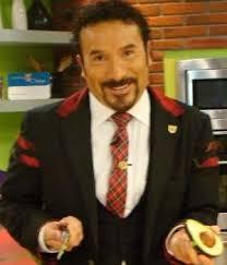 Luis Manuel Ávila habla de 'Camaleones' con el Chef Oropeza. Foto: Sitio Oficial - luis-manuel-vila--300x350