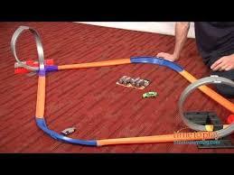 <b>Hot</b> Wheels 10-in-<b>1</b> Super <b>Set</b> from Mattel - YouTube