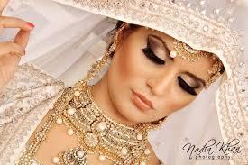 مكياج هندية للعروس images?q=tbn:ANd9GcS