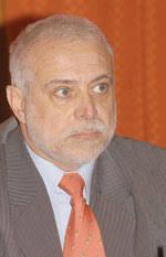 Por el Dr. Rubén Torres Cuando se comparan los sistemas de salud, en términos de su eficiencia y equidad, la fragmentación y segmentación de los mismos ... - ruben_torres