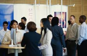 avoid presenting form cover letters to the employers represented at a job fair do i need cover letter