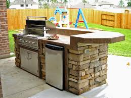 Countertop For Outdoor Kitchen 17 Best Ideas About Outdoor Kitchens On Pinterest Backyard