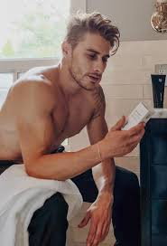 <b>Black Wolf</b> — Extra effective skincare for guys. Without the extra.