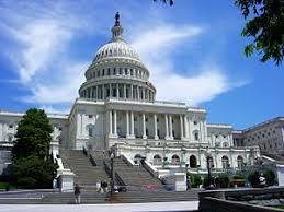 أبرز الديمقراطيين في لجنة العلاقات الخارجية بمجلس الشيوخ الامريكي متهمين بالفساد
